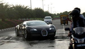 Bugatti-Veyron-speed-bump