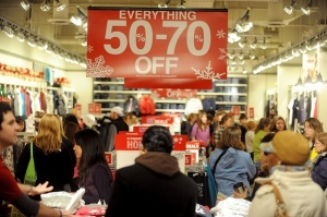 black_friday_2010_aeropostale-thumb-590x392-62546