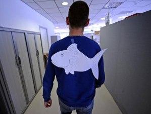 poisson-davril-10-idees-de-blagues-a-faire-a-vos-amis-sur-ordinateur-une