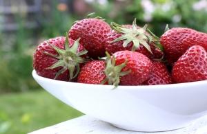 Strawberries-in-bowl